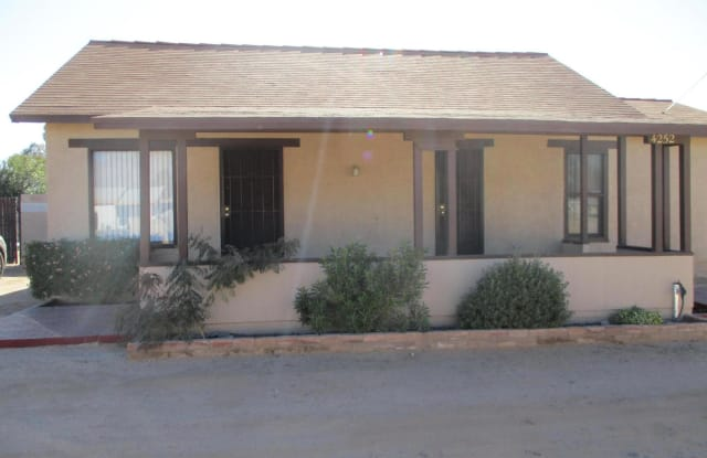 4252 E Pima Street - 4252 East Pima Street, Tucson, AZ 85712