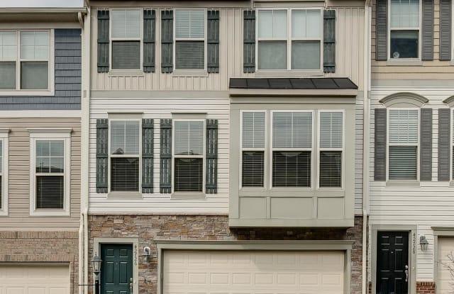 42726 OGILVIE SQUARE - 42726 Ogilvie Square, Broadlands, VA 20148