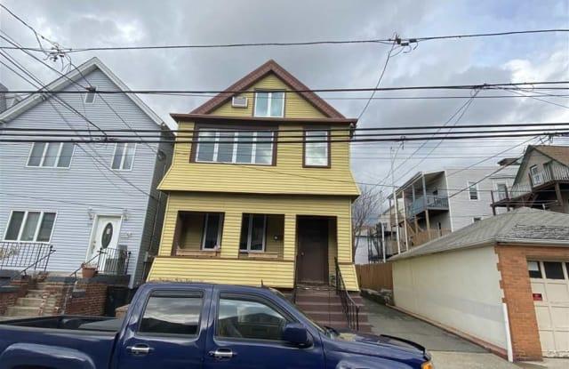 117 WEST 19TH ST - 117 West 19th Street, Bayonne, NJ 07002