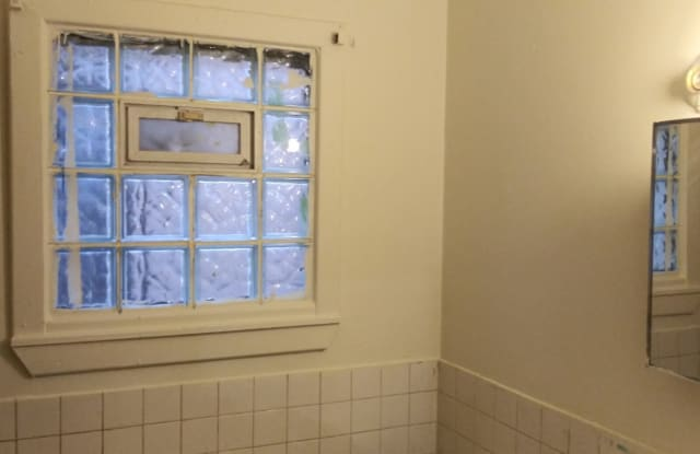 5653 S Elizabeth St - 5653 South Elizabeth Street, Chicago, IL 60636