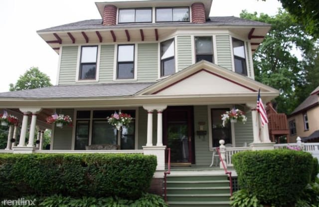 179 Caroline Street Apt. C - 179 Caroline Street, Saratoga Springs, NY 12866