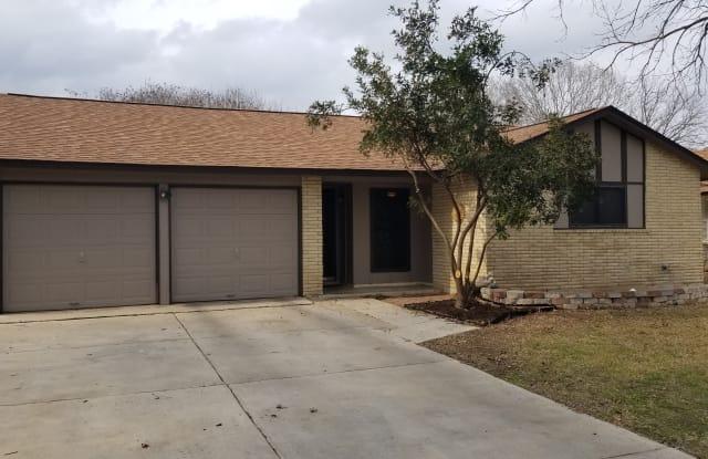 621 Pecan Dr - 621 Pecan Drive, Schertz, TX 78154
