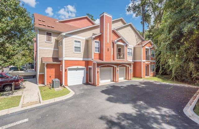 Evergreens at Mahan Apartment Homes - 900 Riggins Rd, Tallahassee, FL 32308