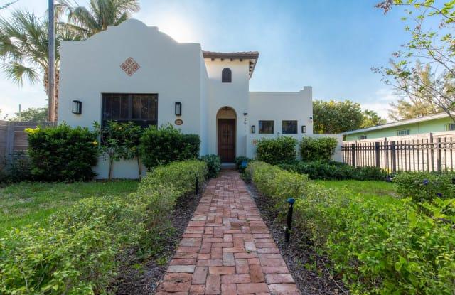 2911 Poinsettia Avenue - 2911 North Flagler Drive, West Palm Beach, FL 33407
