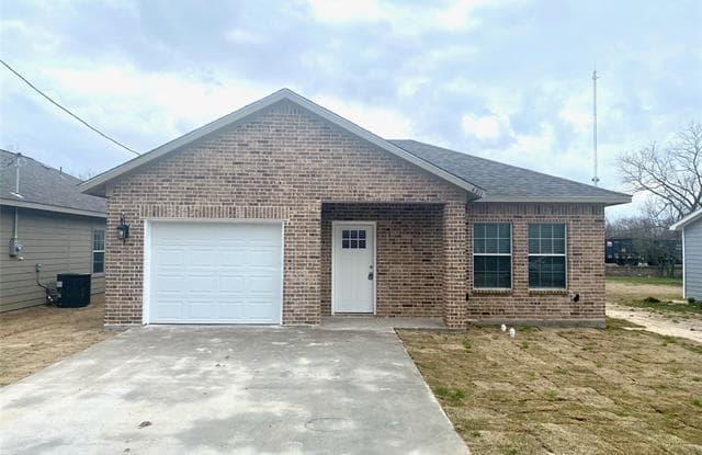4311 Spencer Street - 4311 Spencer Street, Greenville, TX 75401