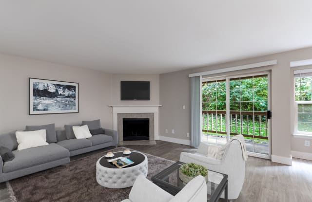 Chandlers Bay Apartments - 1020 Central Ave N, Kent, WA 98032