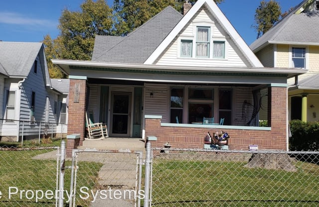 1432 Woodlawn Ave - 1432 Woodlawn Avenue, Indianapolis, IN 46203