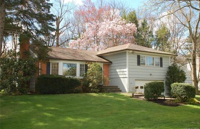 27 Maplemoor Lane - 27 Maplemoor Lane, White Plains, NY 10605