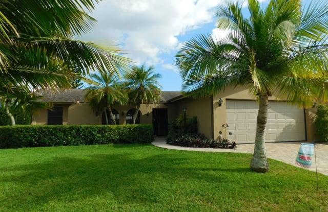 465 Blue Lagoon Ln - 465 Blue Lagoon Lane, North Fort Myers, FL 33903