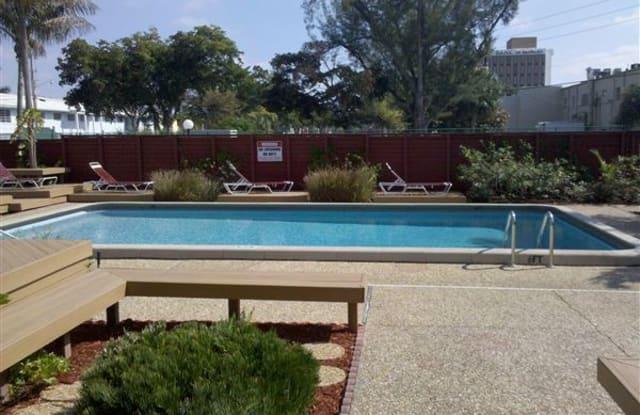 Executive Manor - 2700 Northeast 51st Street, Fort Lauderdale, FL 33308