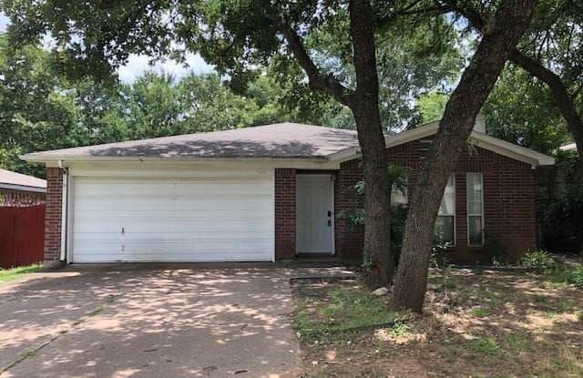 1213 Hidden Creek Drive - 1213 Hidden Creek Drive, Mansfield, TX 76063
