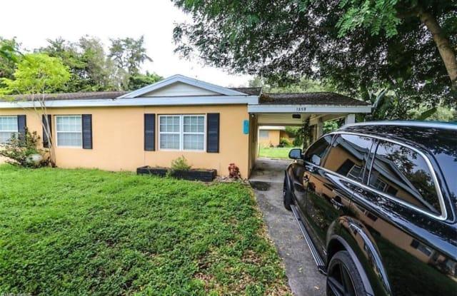 4640 Mcgregor BLVD - 4640 Mcgregor Boulevard, Fort Myers, FL 33901