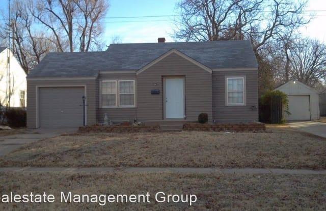 1118 N Terrace - 1118 North Terrace Drive, Wichita, KS 67208