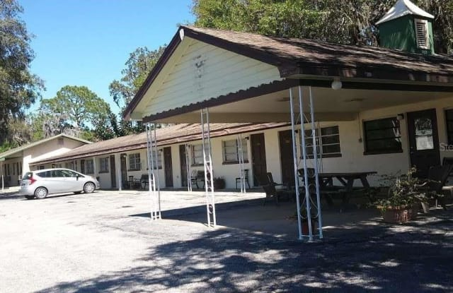 21726 US HIGHWAY 27 - 21726 US Route 27, Lake County, FL 34748