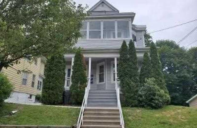 37 ROOSEVELT AVE-APT 2 - 37 Roosevelt Avenue, Poughkeepsie, NY 12601