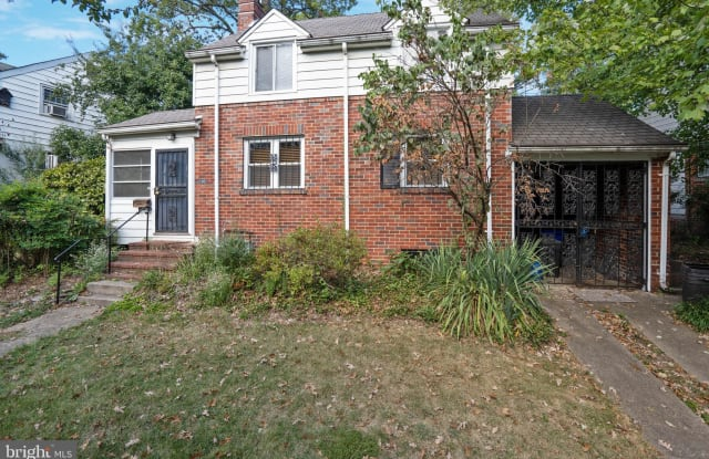 5902 FOREST ROAD - 5902 Forest Road, Cheverly, MD 20785
