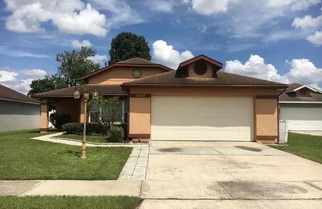 13125 San Antonio Woods Ln - 13125 San Antonio Woods Lane, Meadow Woods, FL 32824
