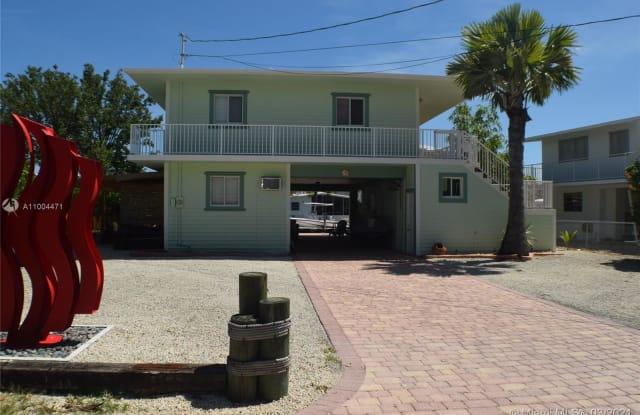 15 Poisonwood Rd - 15 Poisonwood Road, Key Largo, FL 33037