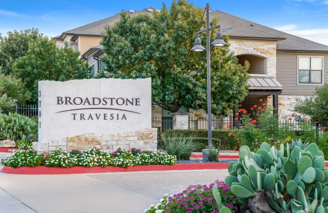 Broadstone Travesia - 3701 Quick Hill Rd, Austin, TX 78728