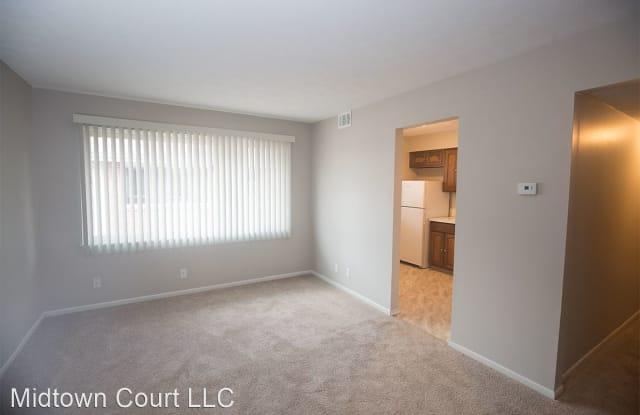 Midtown Court - 508 S 35th Ave, Omaha, NE 68105