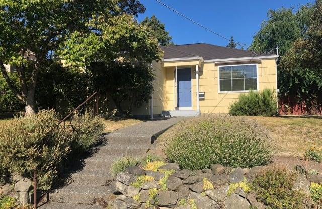 4030 33rd Ave W - 4030 33rd Avenue West, Seattle, WA 98199