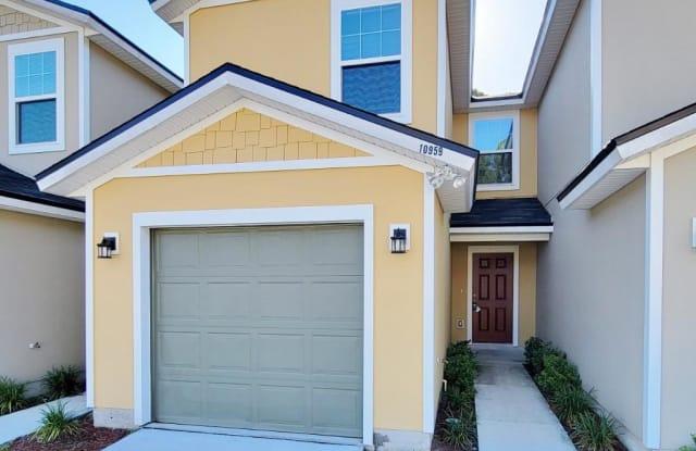 10959 HIDDEN HAVEN CT - 10959 Hidden Haven Court, Jacksonville, FL 32218