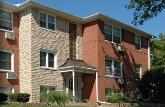 Village Apartments 1921 - 1921 Ford Parkway, St. Paul, MN 55116