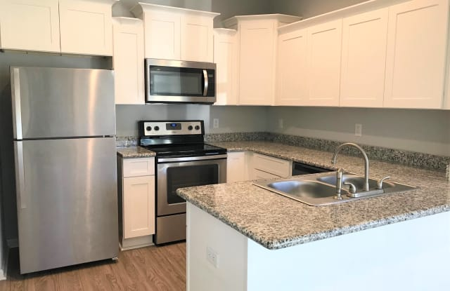 3703 Common Street - 3 - 3703 Common Street, Lake Charles, LA 70607
