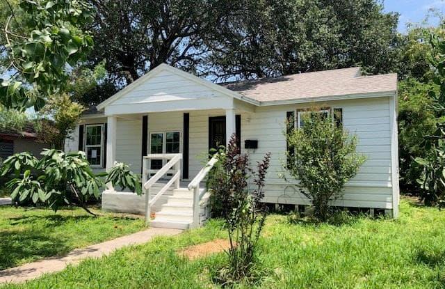 218 W Longview St - 218 West Longview Street, Corpus Christi, TX 78408