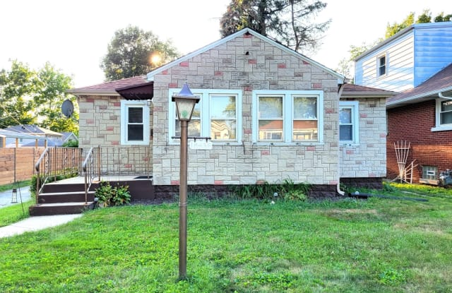 18436 Ridgewood Avenue - 18436 Ridgewood Avenue, Lansing, IL 60438