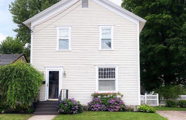 57 GEORGE ST - 57 George Street, Saratoga Springs, NY 12866