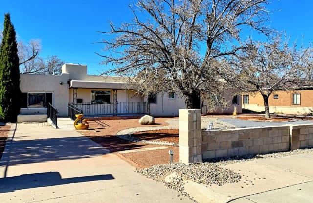615 Valencia Drive SE - 615 Valencia Drive Southeast, Albuquerque, NM 87108