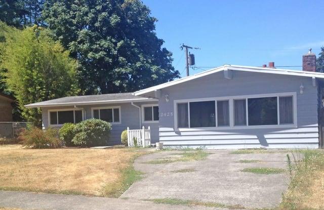 2425 NE 134th Plc - 2425 Northeast 134th Place, Portland, OR 97230