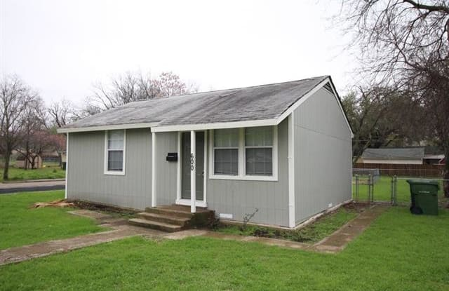 600 Moore Street - 600 Moore Street, Garland, TX 75040