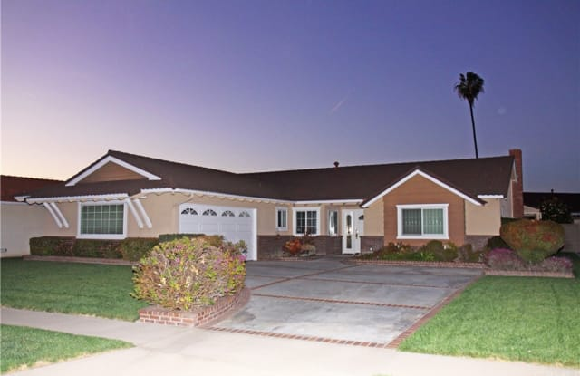 9225 Talbert Avenue - 9225 Talbert Avenue, Fountain Valley, CA 92708