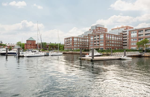 Harborview at the Navy Yard - 250 1st Ave, Boston, MA 02129