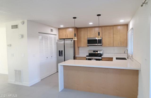 2821 E FAIRMOUNT Avenue - 2821 East Fairmount Avenue, Phoenix, AZ 85016