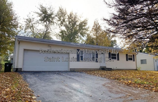 1430 Broadlawns Ln - 1430 Broadlawns Lane, Spanish Lake, MO 63138