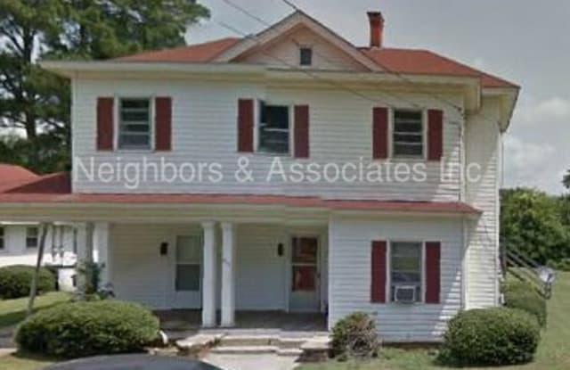 507 East Holmes Street - 507 East Holmes Street, Benson, NC 27504