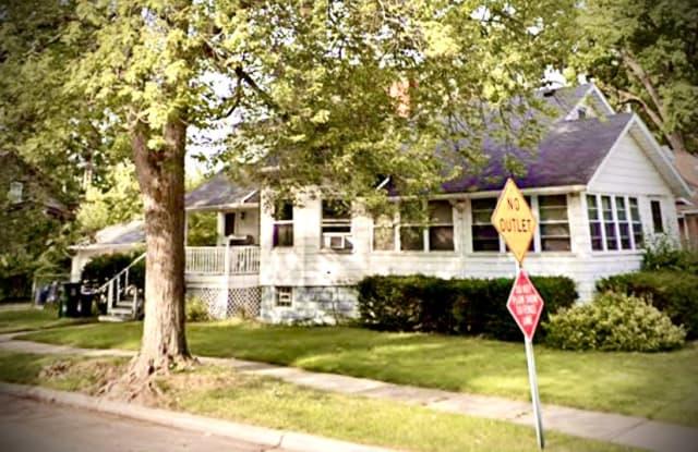 903 West 4th Street - 903 West 4th Street, Royal Oak, MI 48067