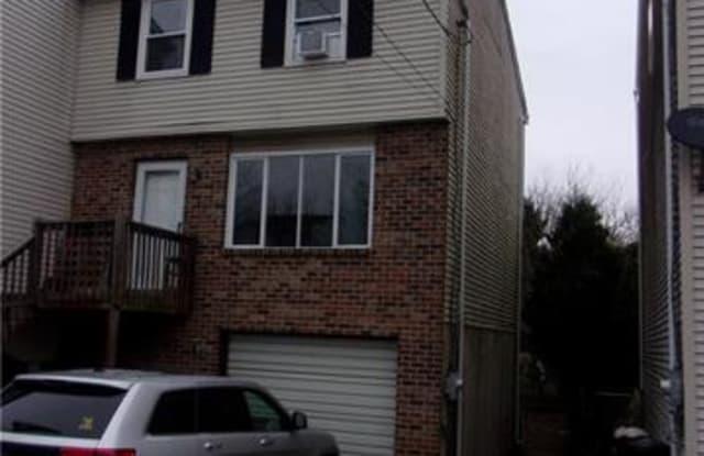 1825 Norwood Street - 1825 Norwood Street, Bethlehem, PA 18015