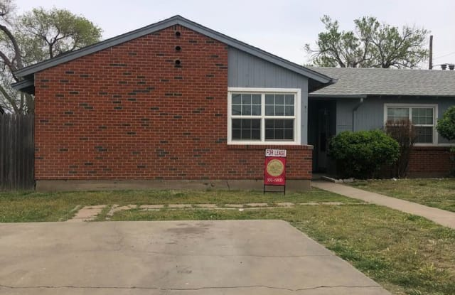 2809 WESTHAVEN CIRLCE UNIT A - 2809 Westhaven Circle, Amarillo, TX 79109