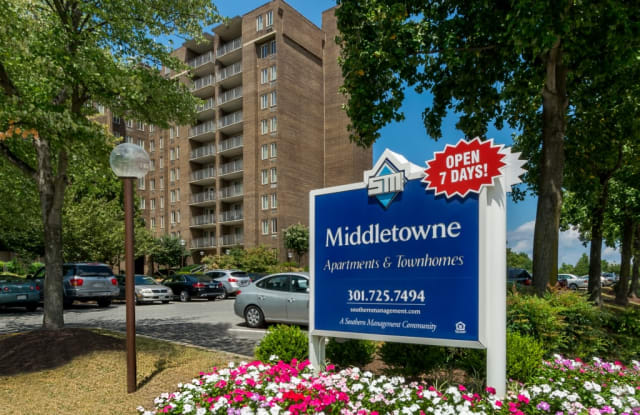 Middletowne & The Dona - 14800 4th St, Laurel, MD 20707