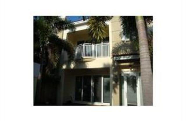3909 NE 21st Ave - 3909 Northeast 21st Avenue, Fort Lauderdale, FL 33308
