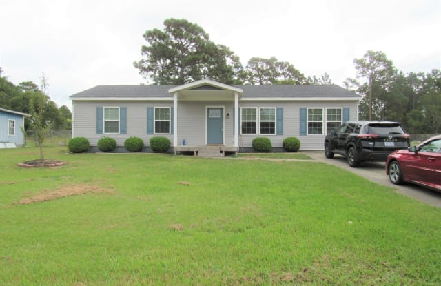 14 Crown Point Road - 14 Crown Point Road, Onslow County, NC 28539