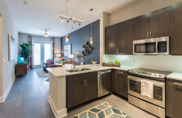 Bullhouse Apartments - 504 E Pettigrew St, Durham, NC 27701