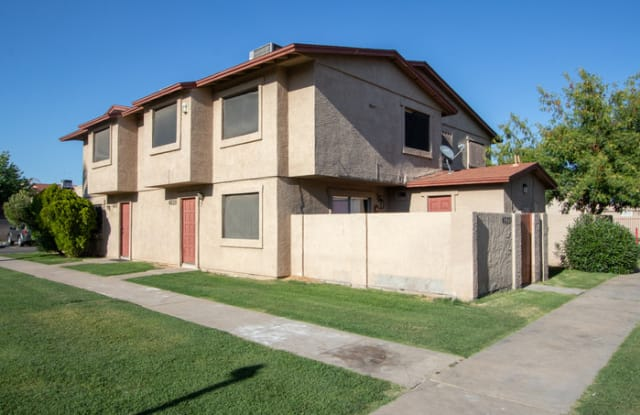 4053 West Palomino Road - 4053 West Palomino Road, Phoenix, AZ 85019