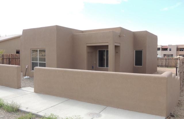 26 Flower Garland - 26 Flower Garland Road, Santa Fe County, NM 87508