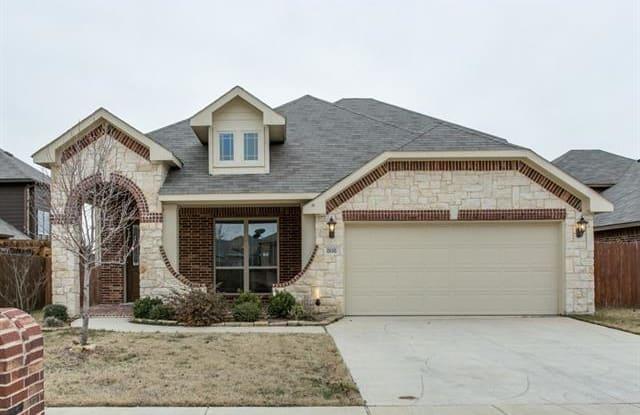 808 Forest Heights Drive - 808 Forest Heights Drive, Fort Worth, TX 76036