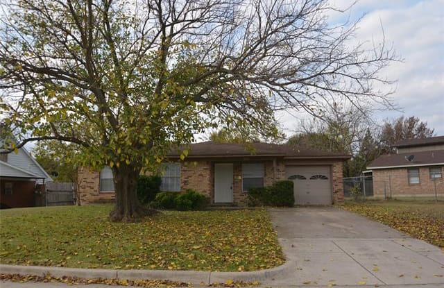 3217 Indio Street - 3217 Indio Street, Fort Worth, TX 76133
